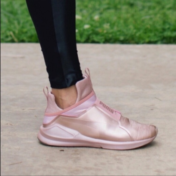 puma women's fierce metallic rose gold